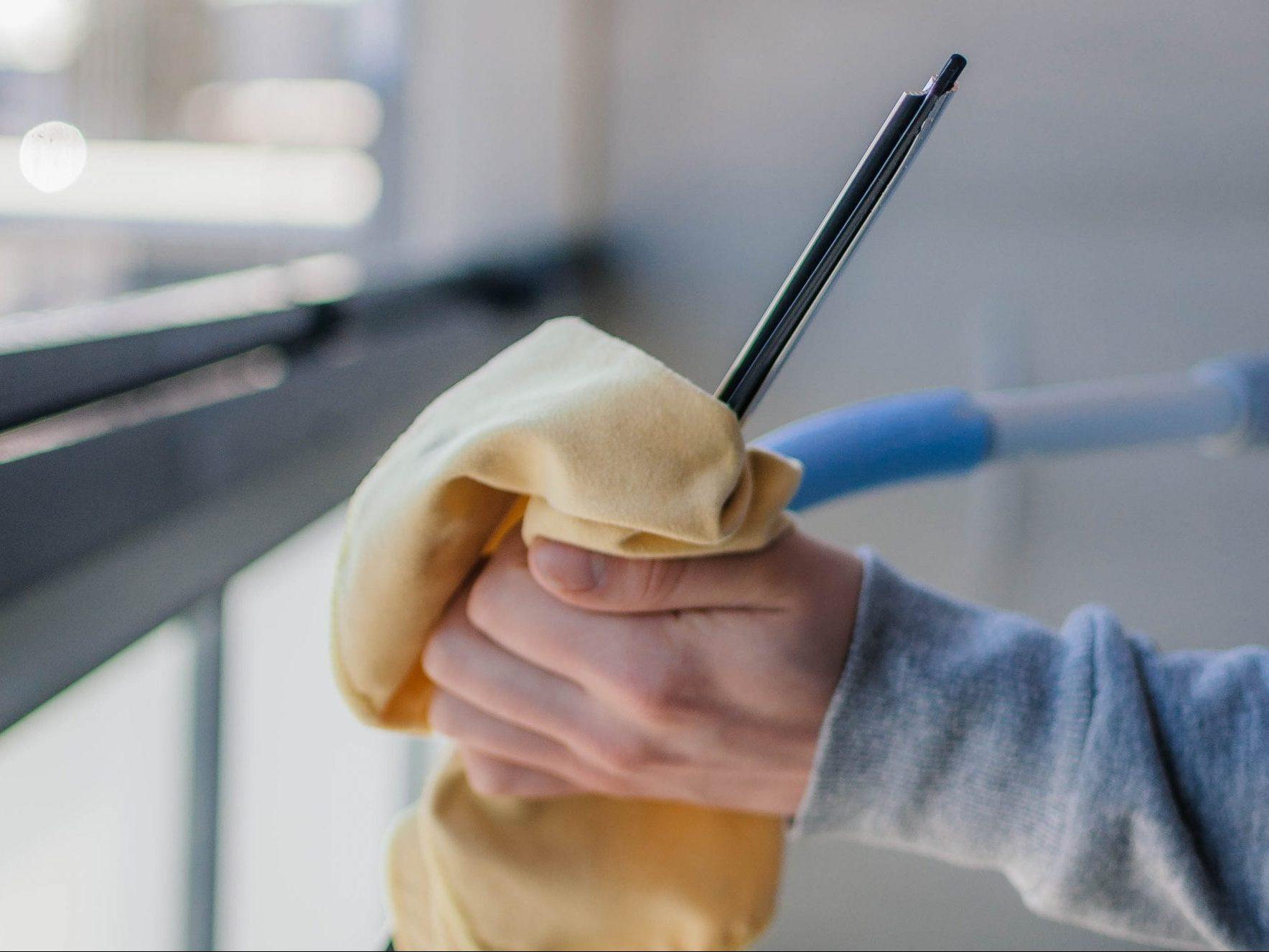 Parvekelasien pesu ja ikkunanpesu alueella Oulu, Oulunsalo ja Kempele.